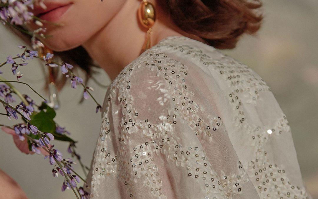 Vestidos de novia con manga especial en Jorge Aparisi